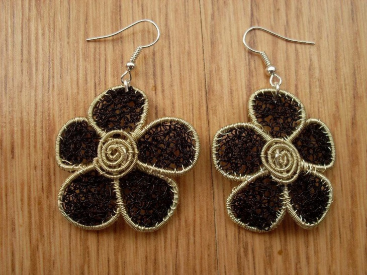 crochet wire jewelry design