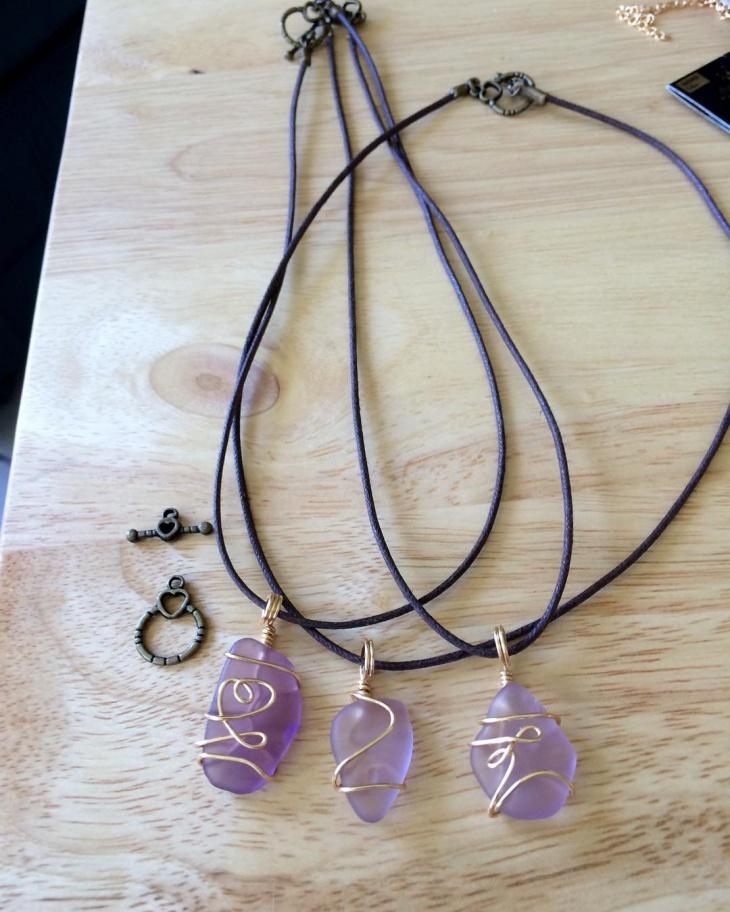 wire wrapped sea glass jewelry