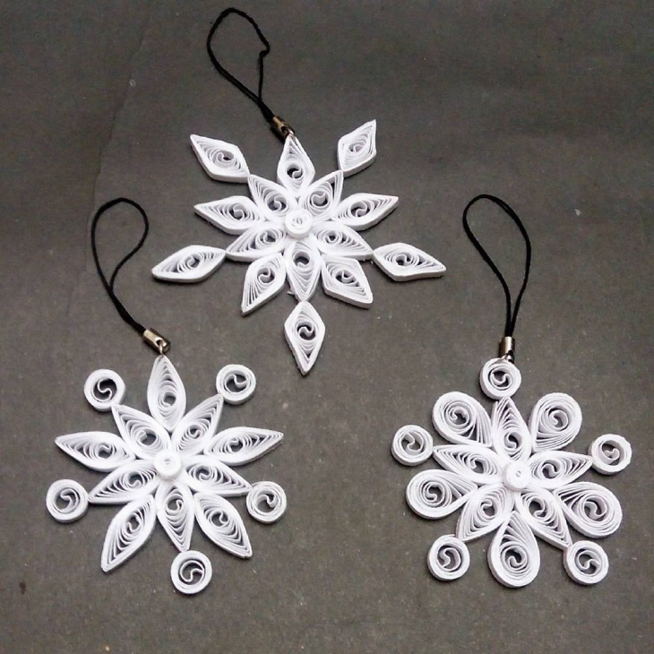 quilling christmas jewelry