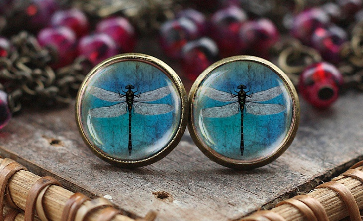 antique dragonfly jewelry design