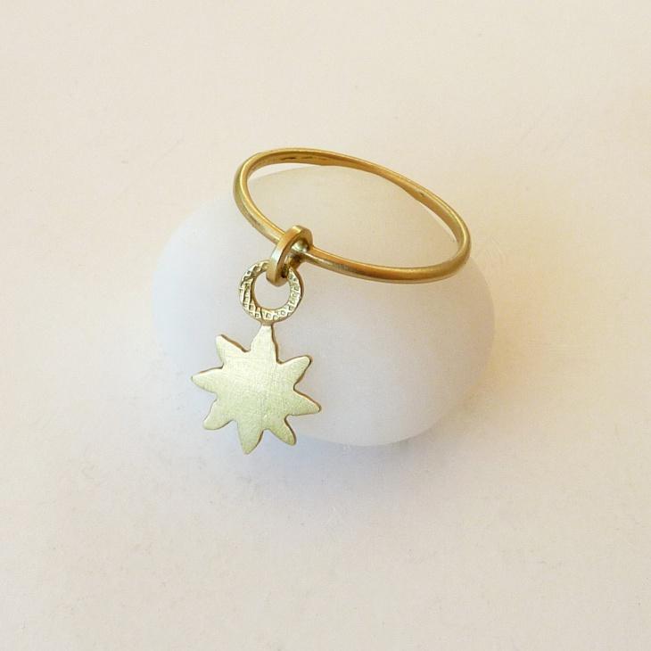 star dangle ring