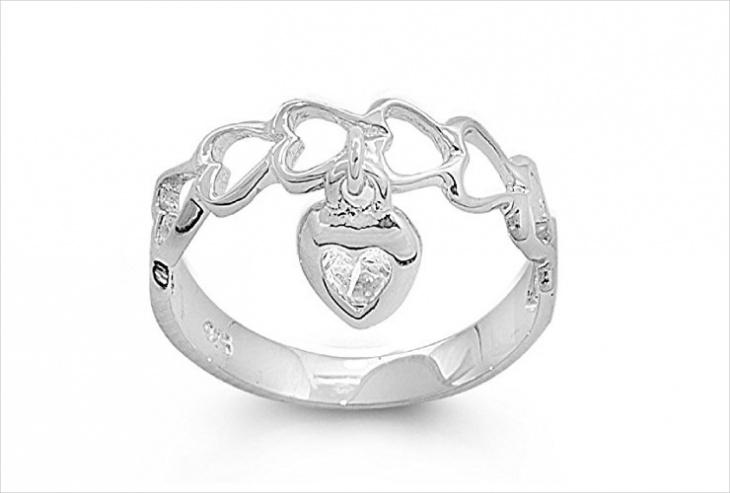 cute dangle ring design