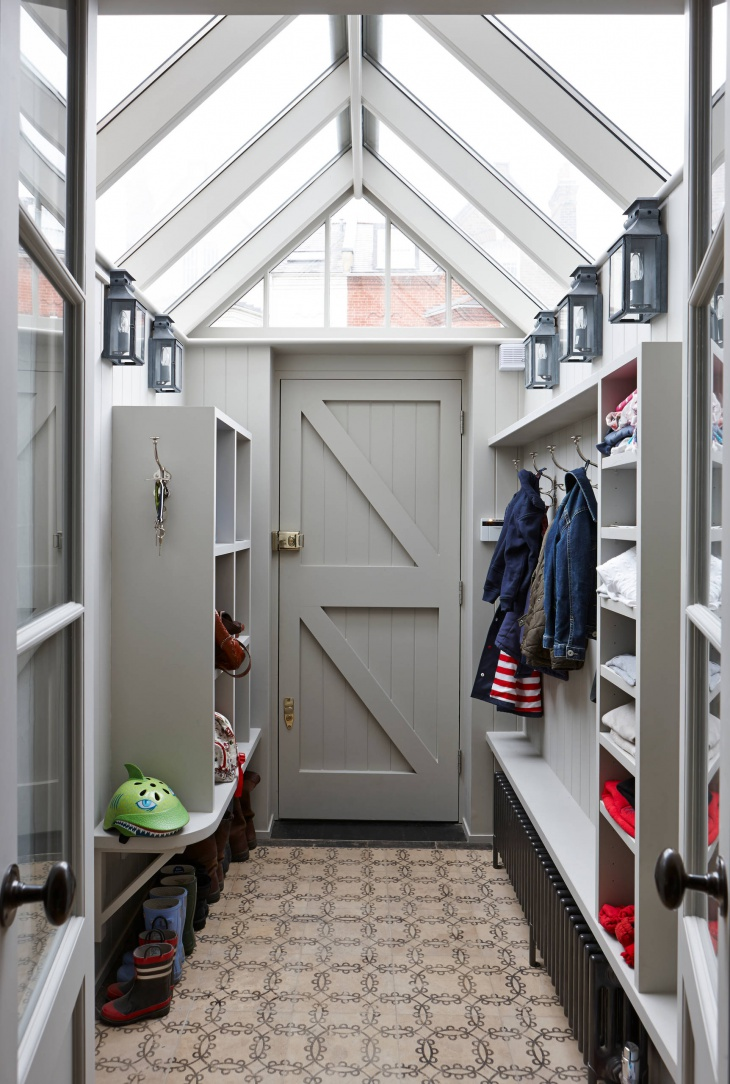 narrow mudroom design