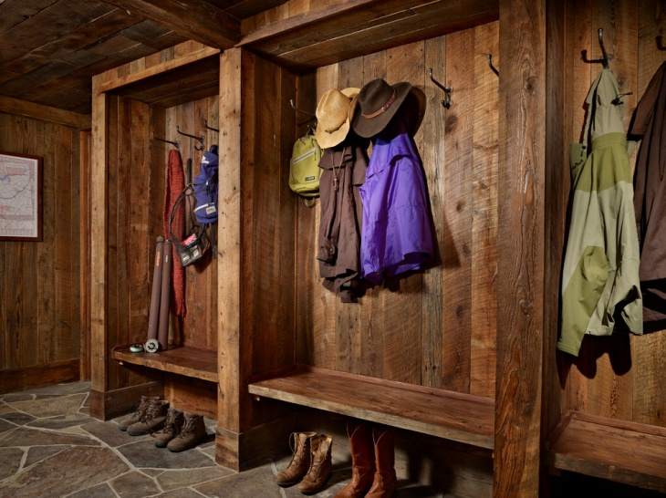Rustic Mudroom Design Idea