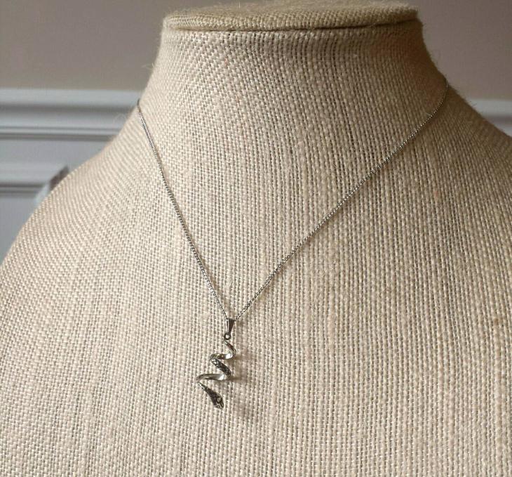 vintage snake pendant1