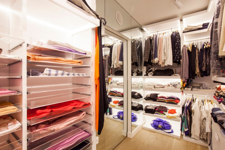 trendy closet lighting idea