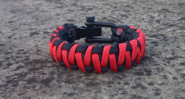 Cool Paracord Bracelet Designs