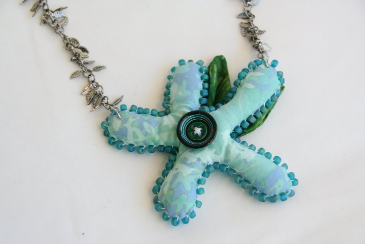 fabric sculpture jewelry