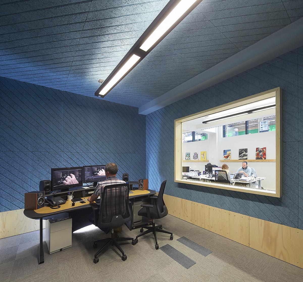 black corner office desk
