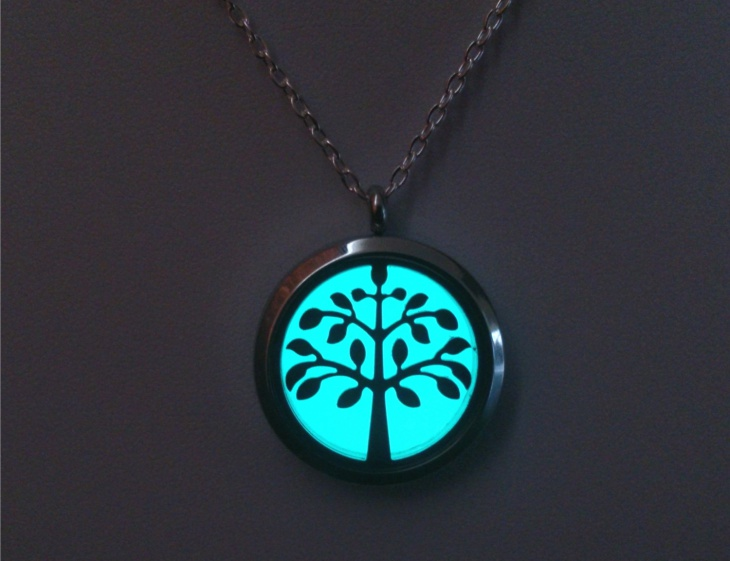 glowing tree jewelry