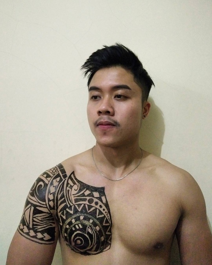 henna tattoo design for men chest