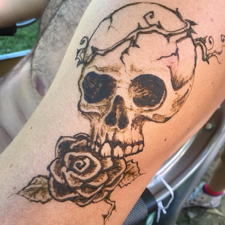 skull henna tattoo design for men