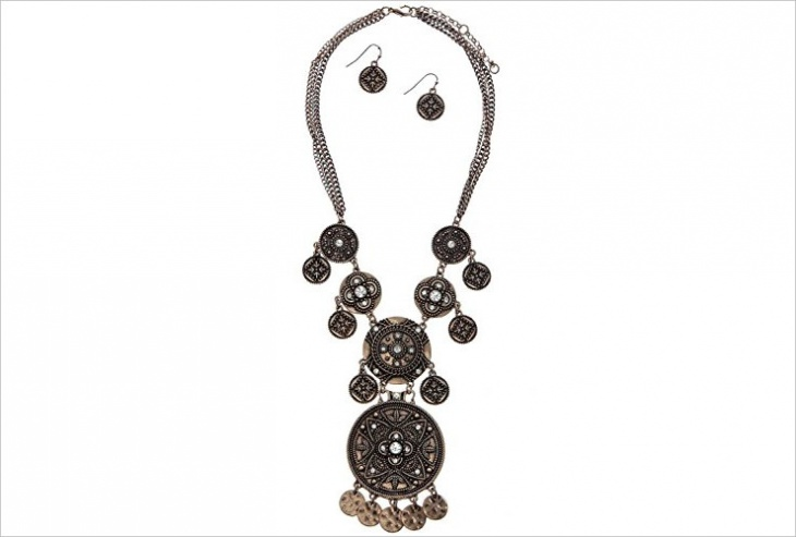 beautiful mandala necklace design