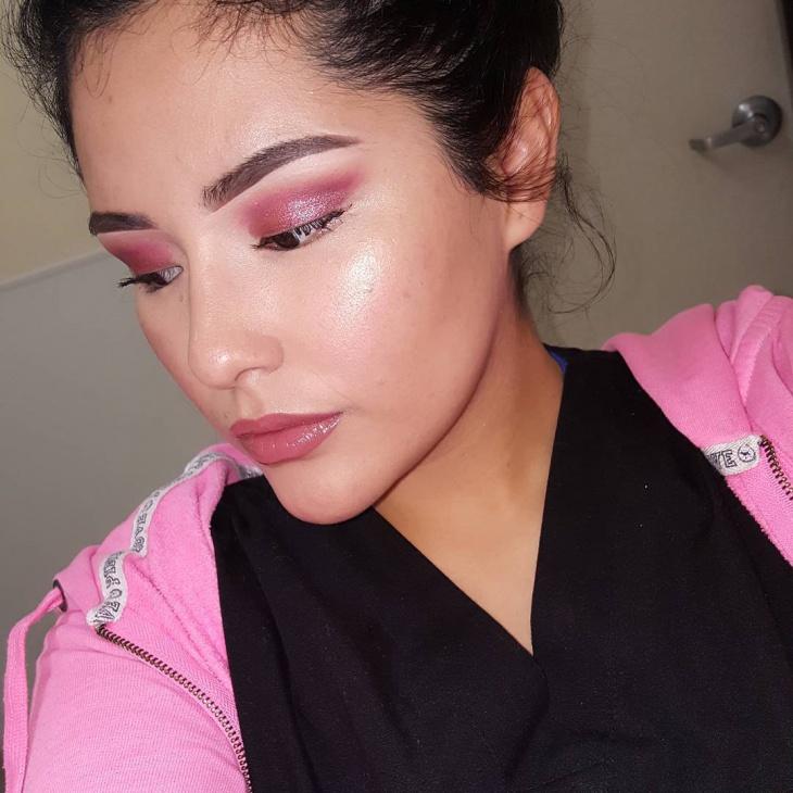 pink glitter makeup design
