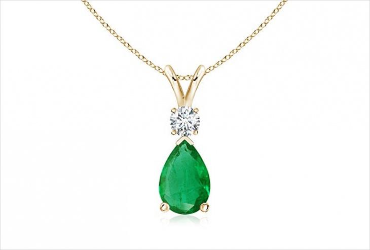 emerald solitaire pendant design
