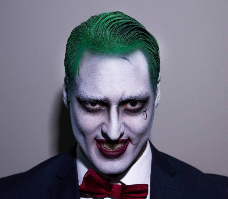 funny joker makeup design