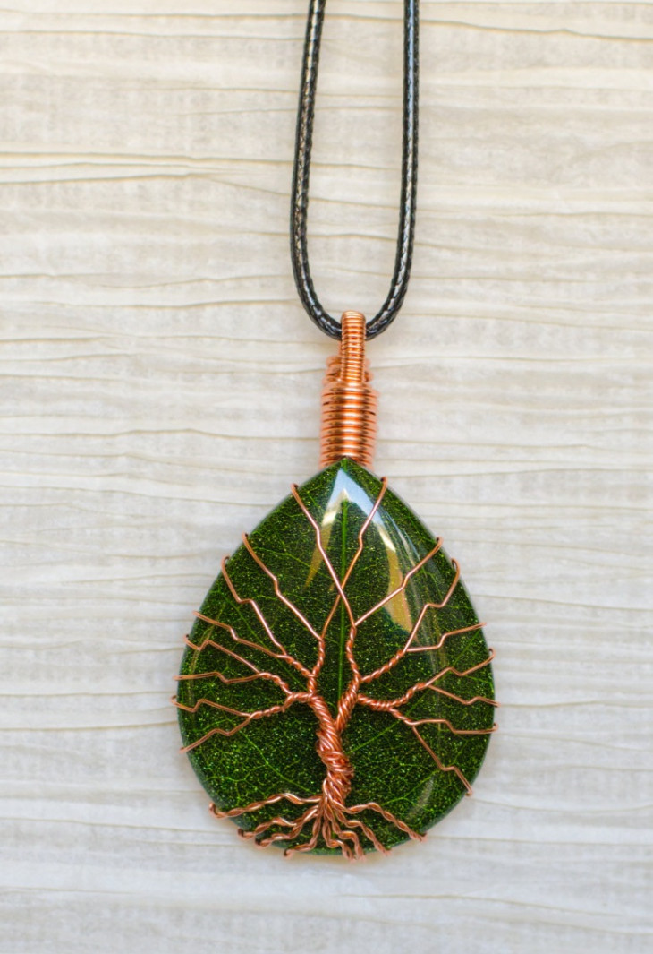 wire wrapped tree of life pendant design