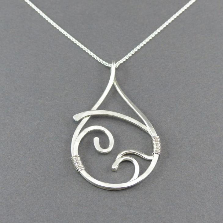 silver initial pendant design