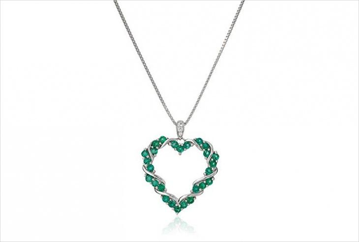emerald heart shaped pendant design