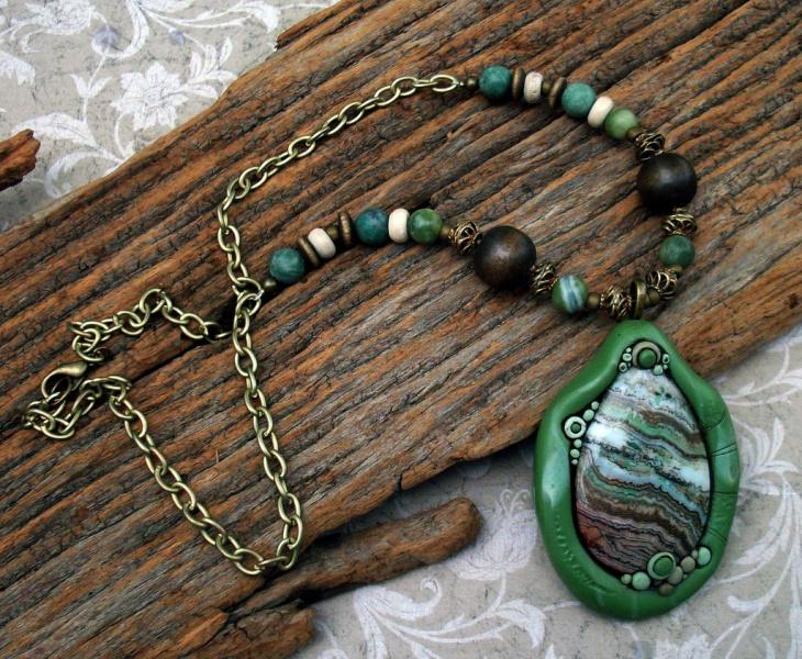 agate stone pendant design