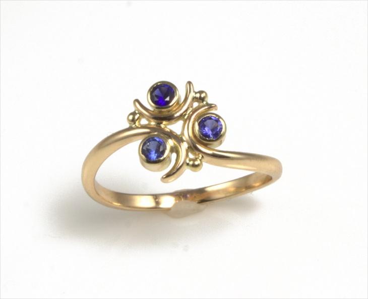 Zelda Sapphire Ring Design