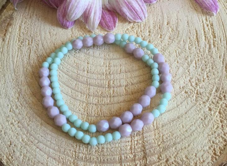 glass beaded bracelet design