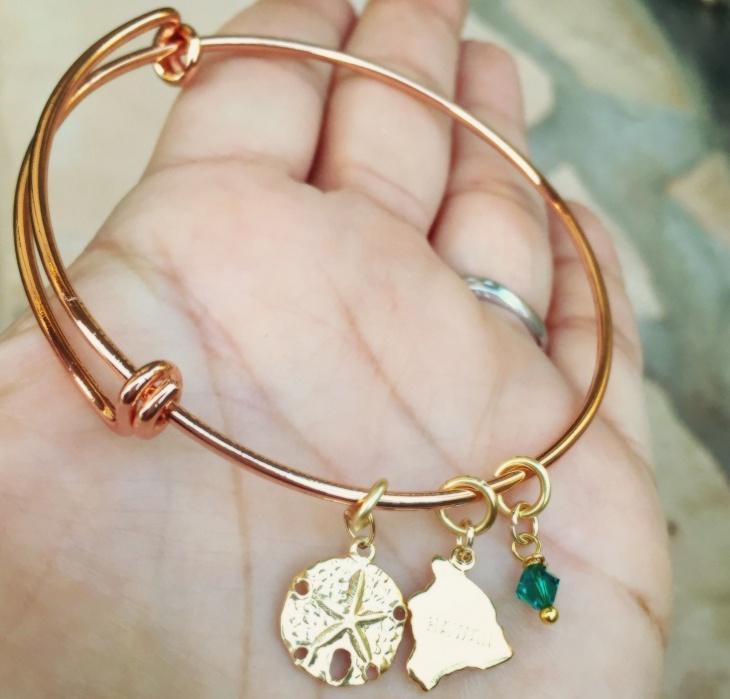rose gold hawaiian bracelet design