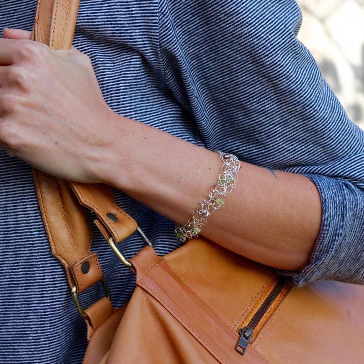 crochet wire bracelet design