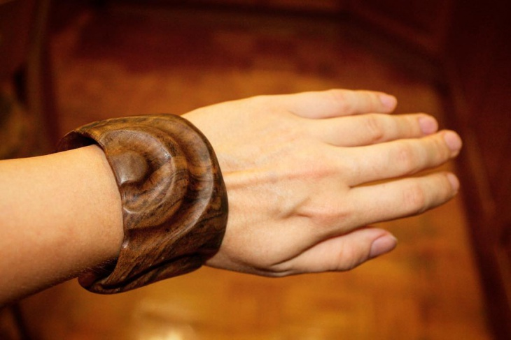 wooden cuff bracelet design