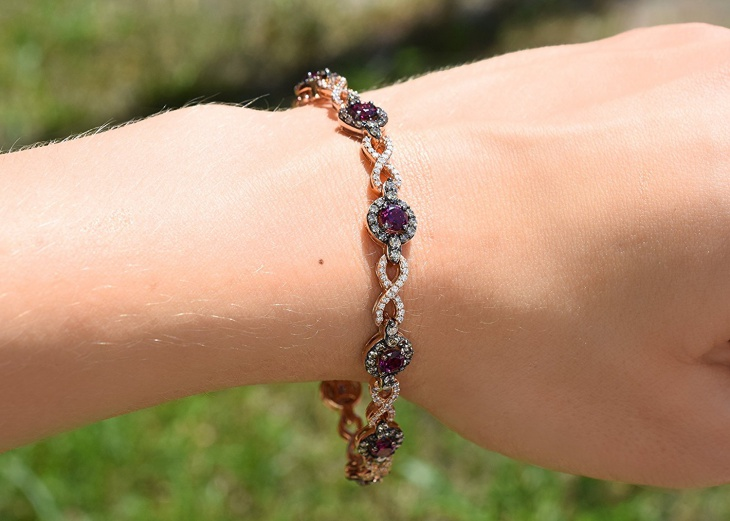 chocolate diamond bracelet design