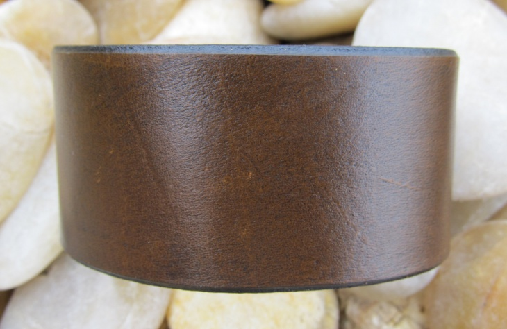 plain metal bracelet design