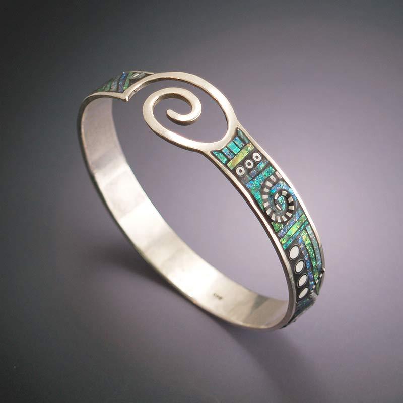metal bangle bracelet design