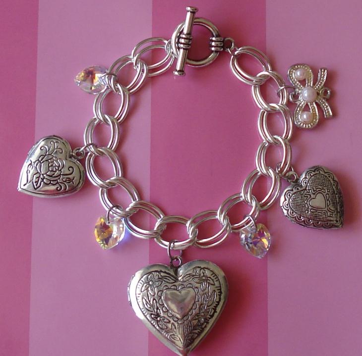 heart locket bracelet design