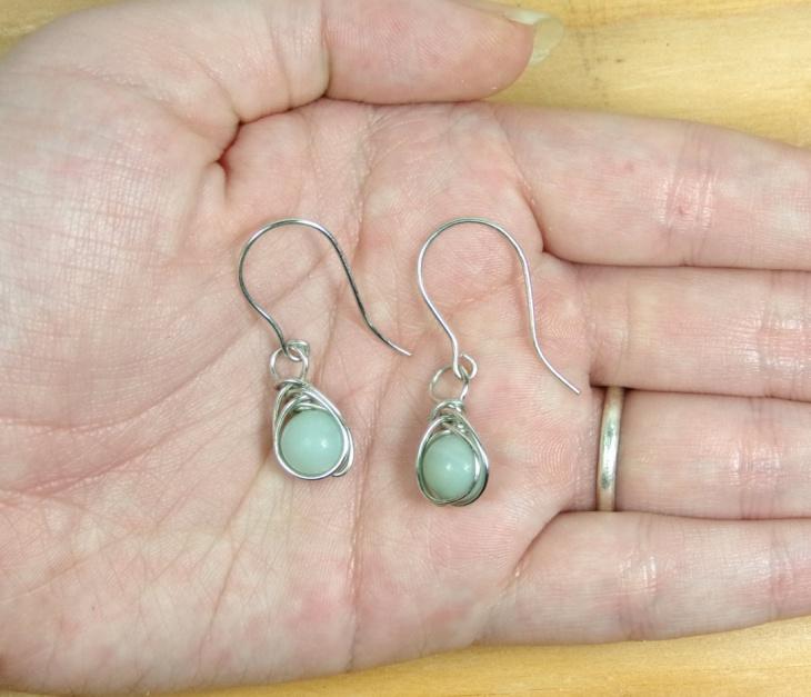 wire bead earrings design
