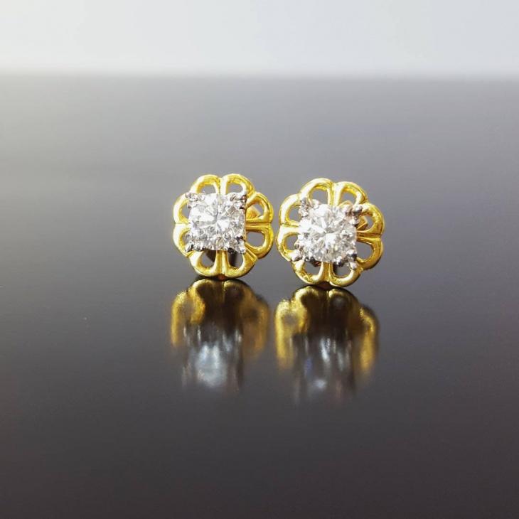 diamond solitaire earrings design