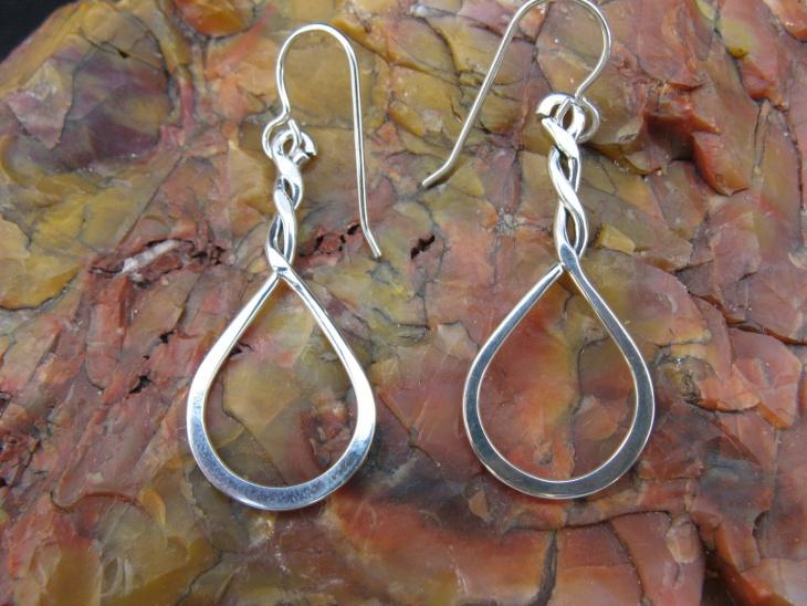 silver teardrop earrings design