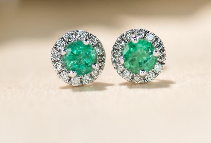 emerald stone earrings design