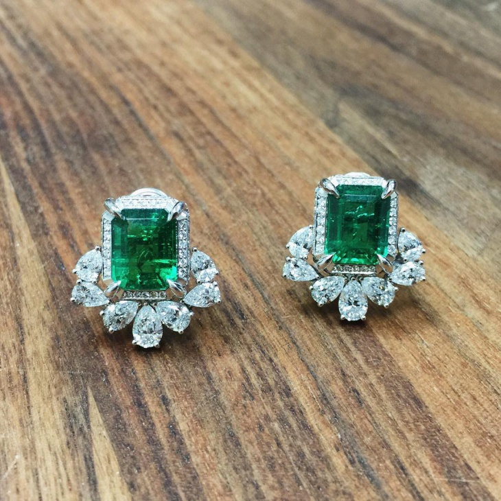 square emerald earrings