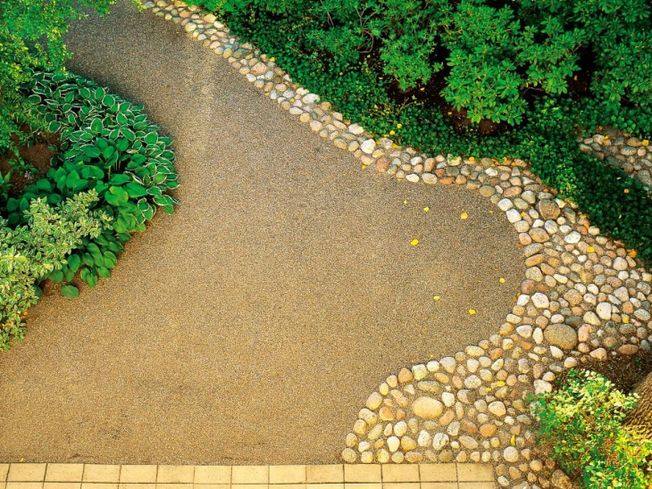 Gravel Garden Edging Idea