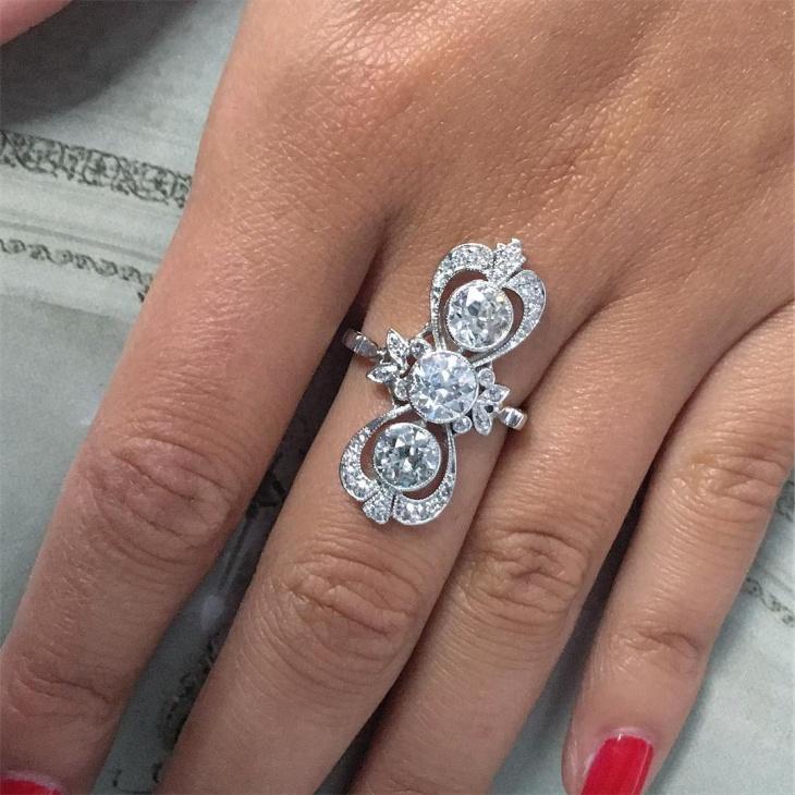 platinum engagement ring design