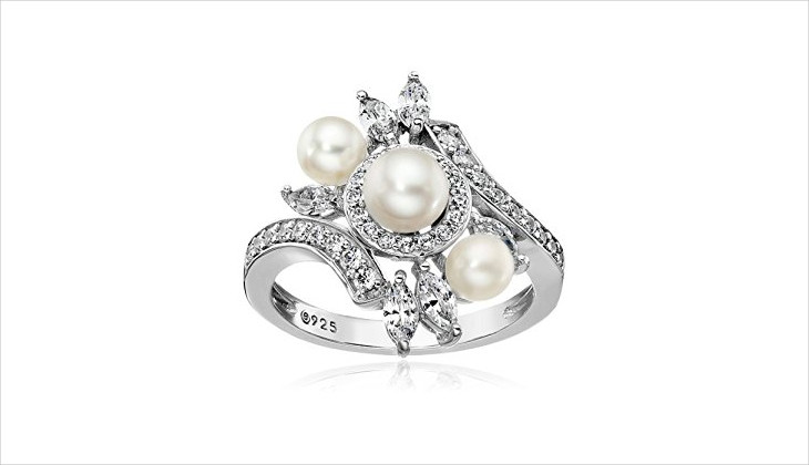 silver pearl ring design