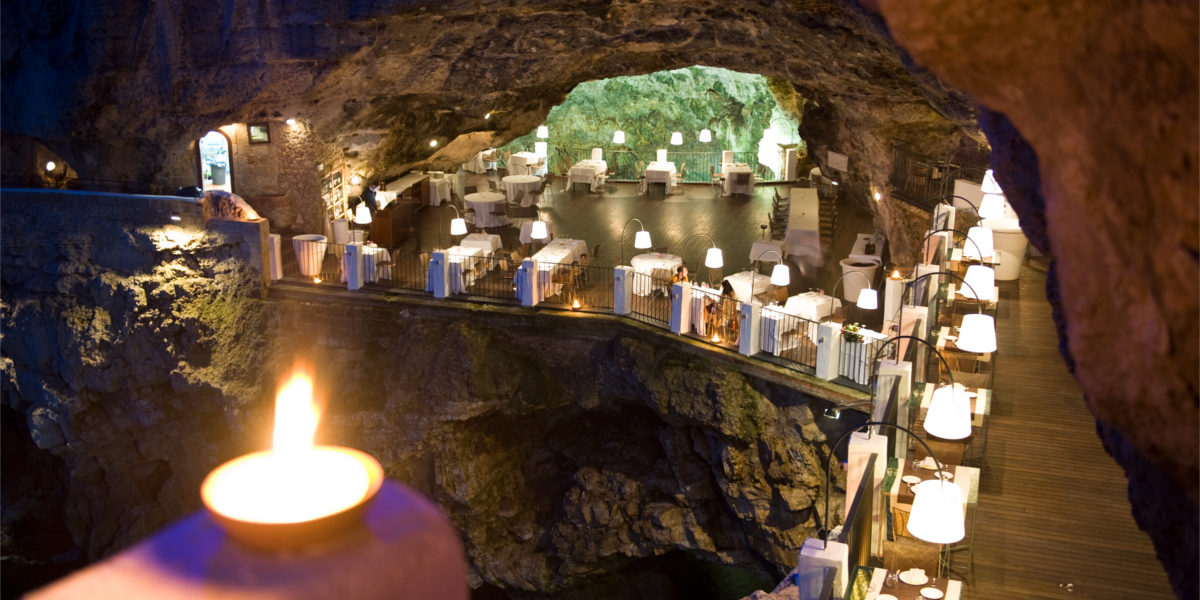 hotel ristorante grotta palazzese polignano a mare italy