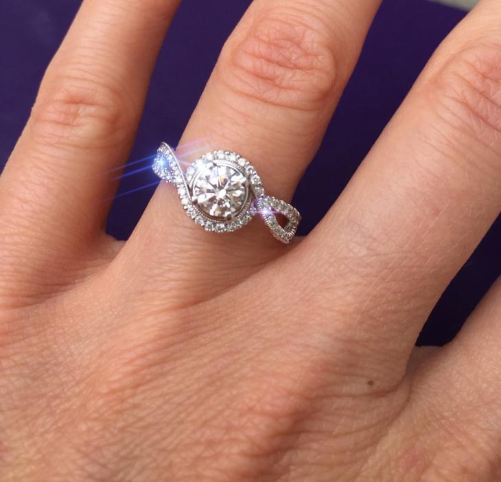 diamond swirl ring design