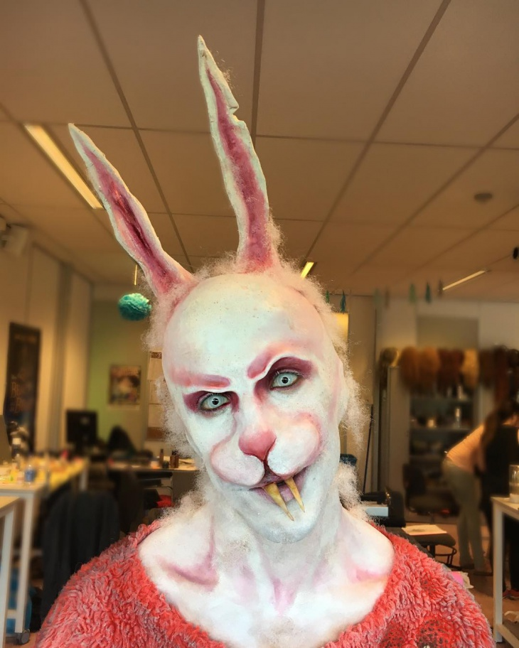 Simple Zombie Rabbit Makeup