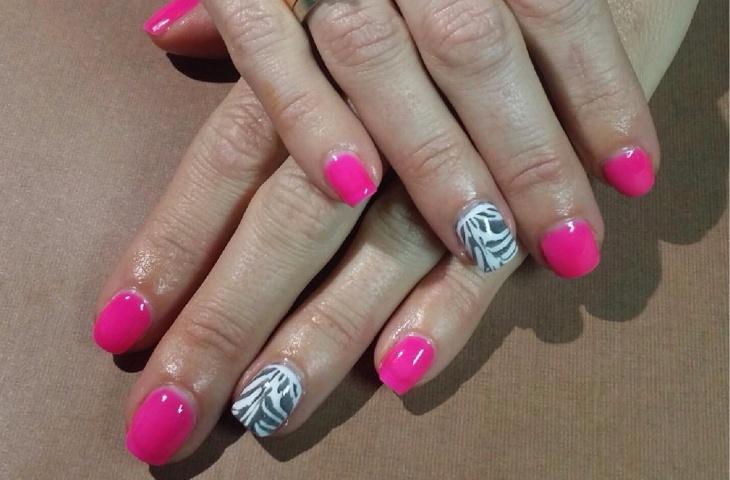 pink zebra acrylic nail design