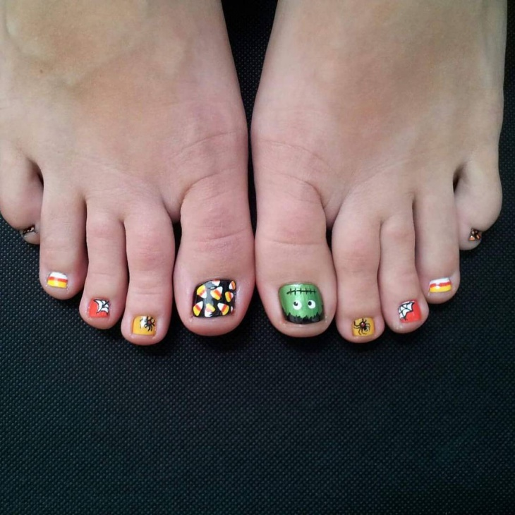short halloween toe nail design