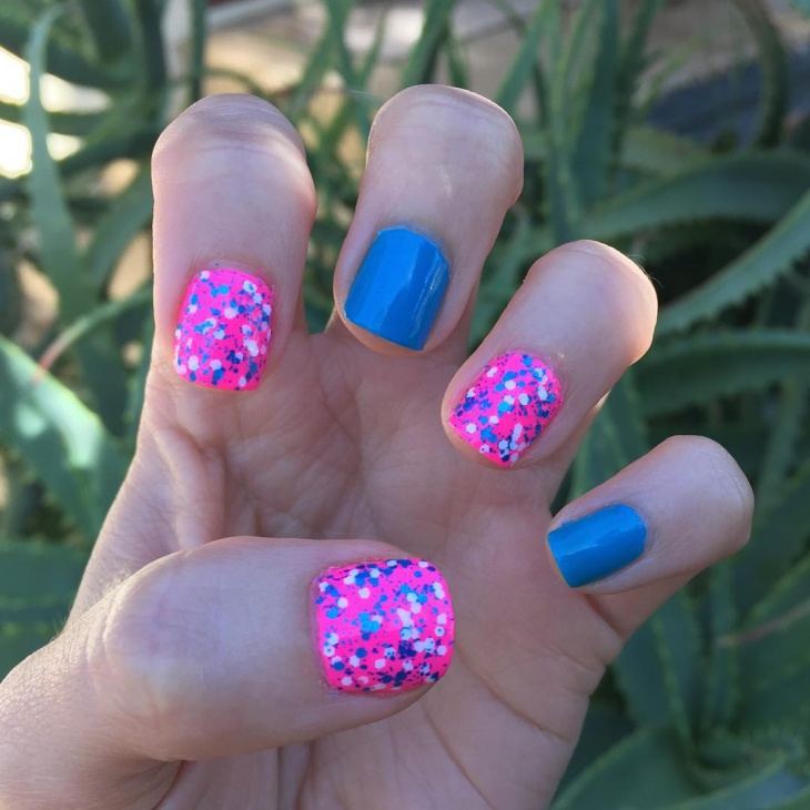 short pink and blue nail design
