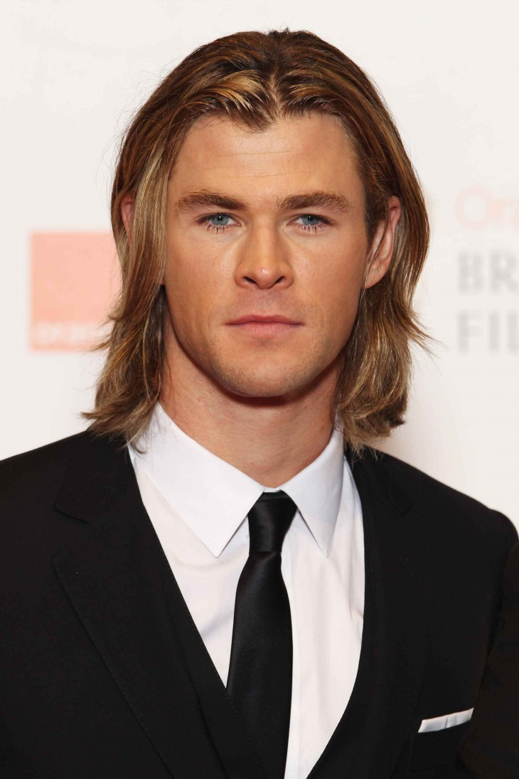 chris hemsworth long layered haircut design for men