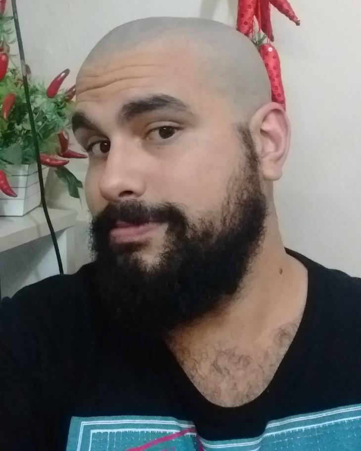 fully bald hair design for men