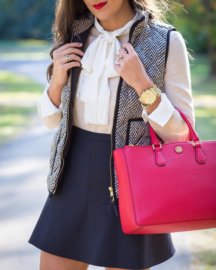 preppy skirt outfit idea